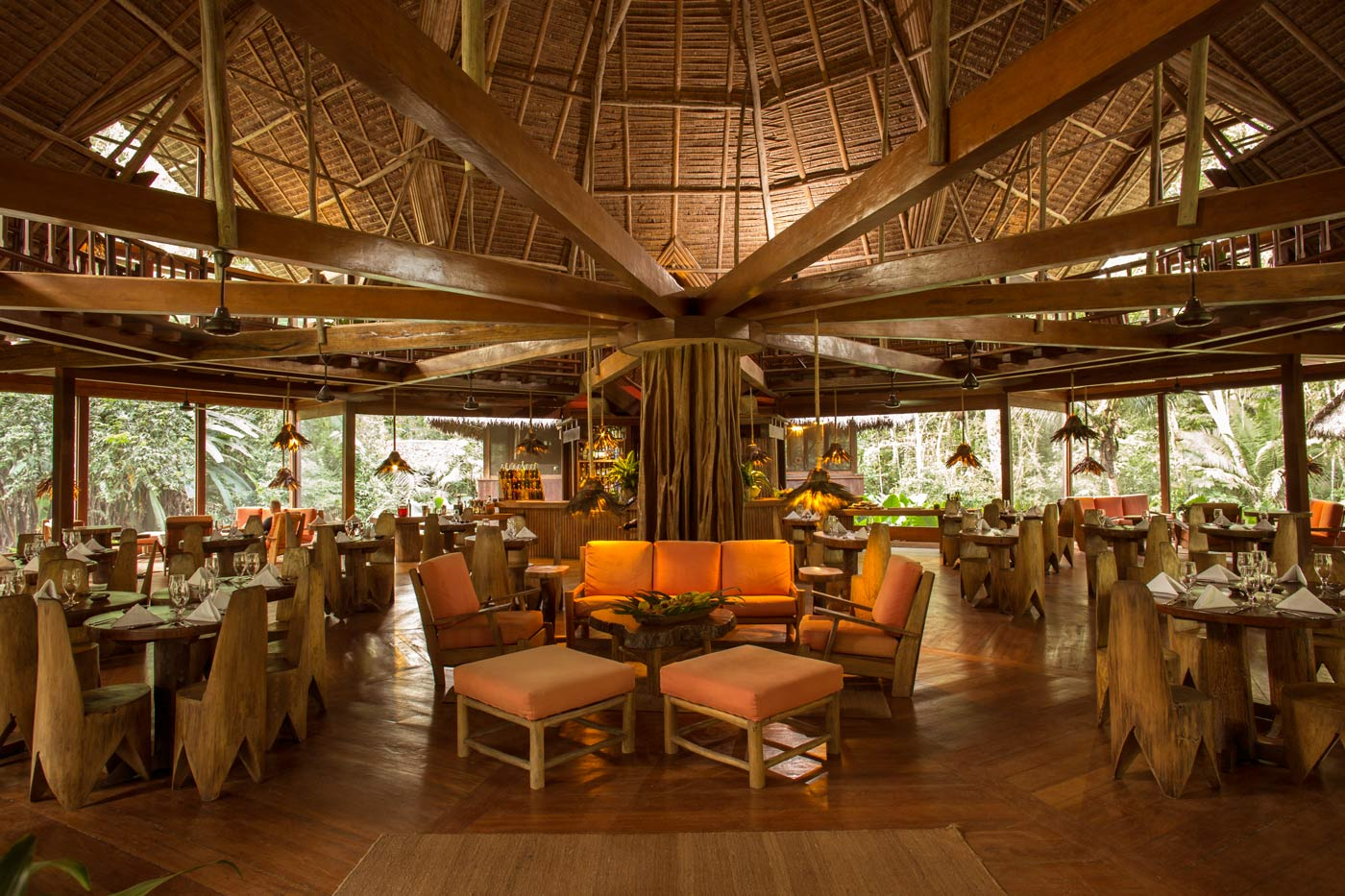 Dining room bar reserva amazonica for Dining room bar